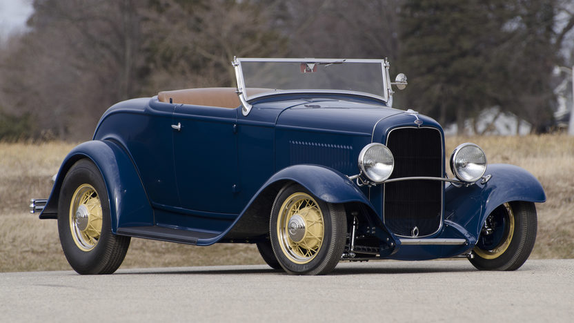 1932 Ford Roadster Tri-Power Flathead V-8 presented as lot F86 at Monterey, CA 2013 - image3