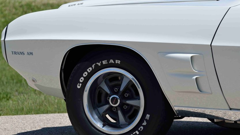 1969 Pontiac Trans Am 400/335 HP, 4-Speed, PHS Documentation presented as lot F176 at Monterey, CA 2013 - image9