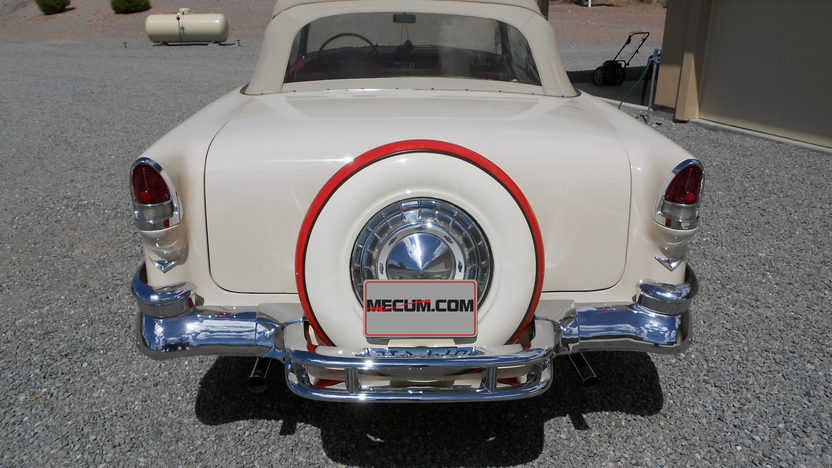 1955 Chevrolet Bel Air Convertible Continental Kit presented as lot F106 at Monterey, CA 2013 - image7