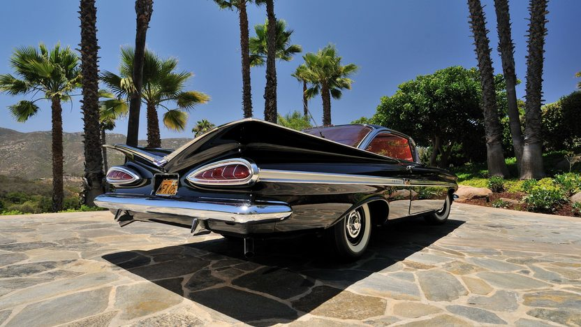 1959 Chevrolet Impala Fuelie 283/290 HP, 4-Speed presented as lot F119 at Monterey, CA 2013 - image11