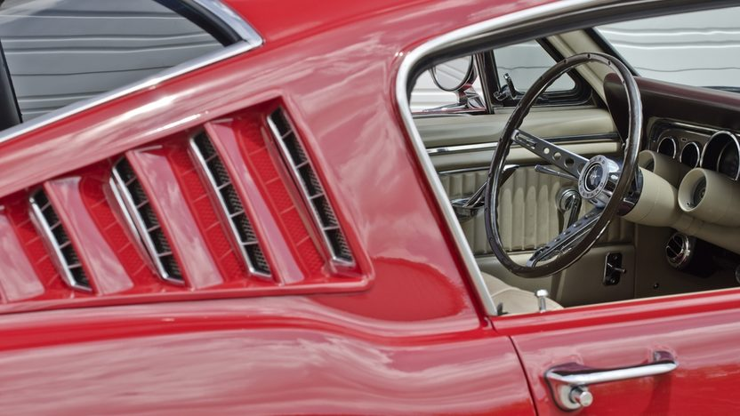 1966 Ford Mustang GT Fastback K-Code 289/271 HP, 4-Speed presented as lot F130 at Monterey, CA 2013 - image10