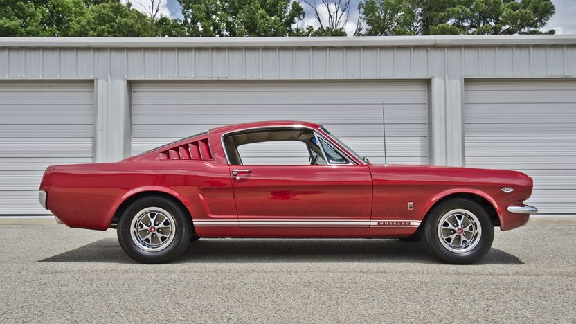1966 Ford Mustang GT Fastback K-Code 289/271 HP, 4-Speed presented as lot F130 at Monterey, CA 2013 - image3