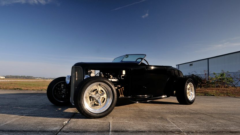 1932 Ford Hi-Boy Roadster 'Spencer II' Two-Time AMBR Class Winner presented as lot F133 at Monterey, CA 2013 - image12
