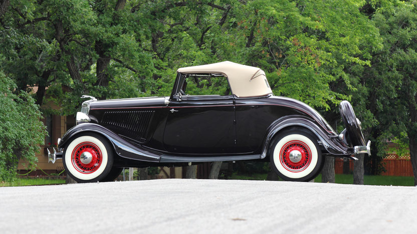 1934 Ford Deluxe Cabriolet Flathead V-8, Rumble Seat presented as lot F139 at Monterey, CA 2013 - image2