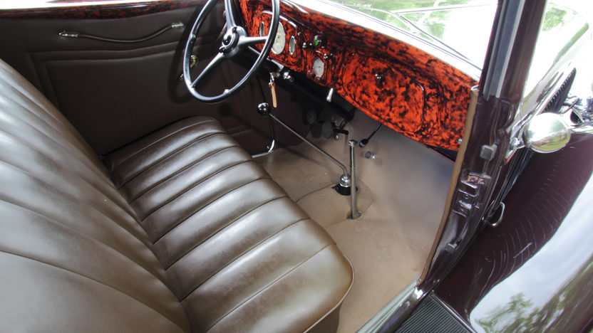 1934 Ford Deluxe Cabriolet Flathead V-8, Rumble Seat presented as lot F139 at Monterey, CA 2013 - image5
