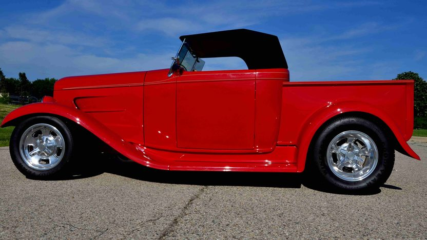 1932 Ford Roadster Pickup Street Rod LT1, Original Steel Body presented as lot F163 at Monterey, CA 2013 - image11