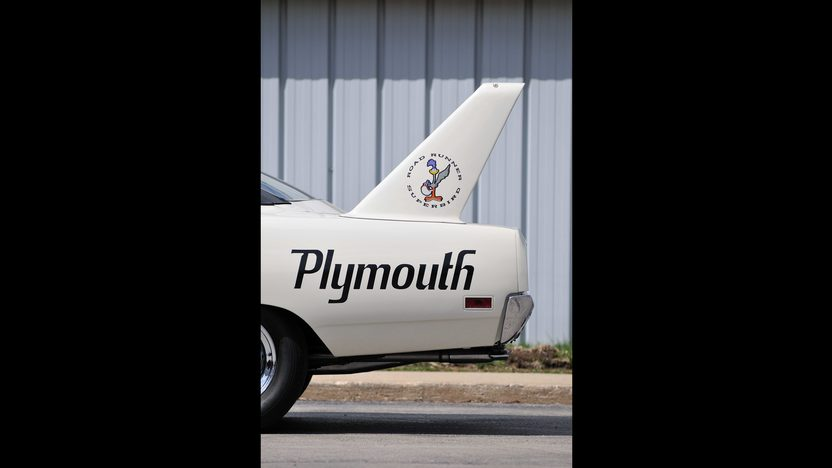 1970 Plymouth Superbird Raced in NASCAR by Roger McCluskey presented as lot F171 at Monterey, CA 2013 - image11