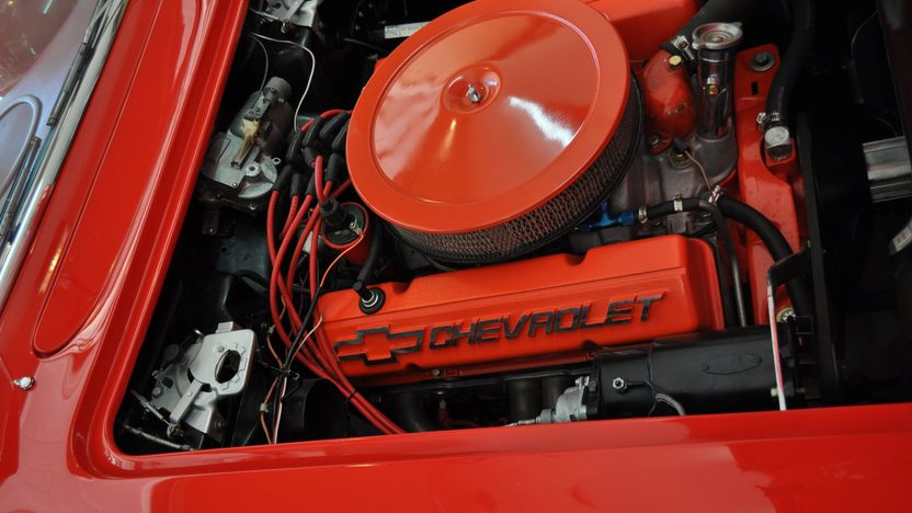 1961 Chevrolet Corvette Convertible 383 CI, 5-Speed presented as lot S45 at Monterey, CA 2013 - image10