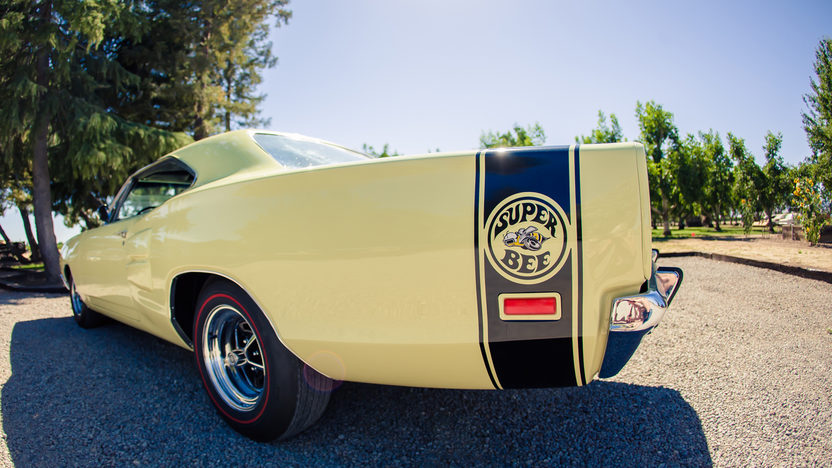 1969 Dodge Super Bee 383 CI, 4-Speed presented as lot S49 at Monterey, CA 2013 - image9