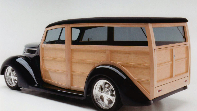 1937 Ford Woody Wagon 355 CI, Steel Body with Maple Paneling presented as lot S85 at Monterey, CA 2013 - image3