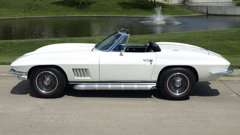 1967 Chevrolet Corvette Convertible 327/350 HP, 4-Speed, Factory Air presented as lot S102 at Monterey, CA 2013 - image2