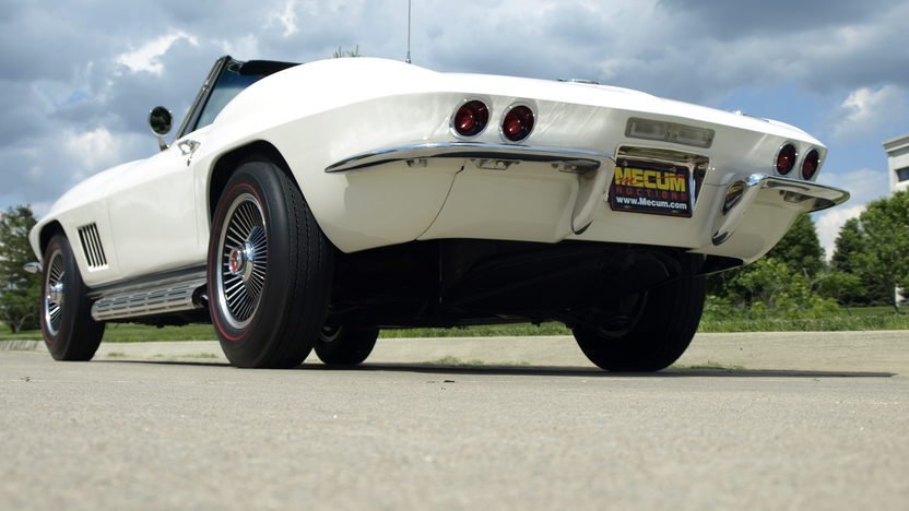 1967 Chevrolet Corvette Convertible 327/350 HP, 4-Speed, Factory Air presented as lot S102 at Monterey, CA 2013 - image3