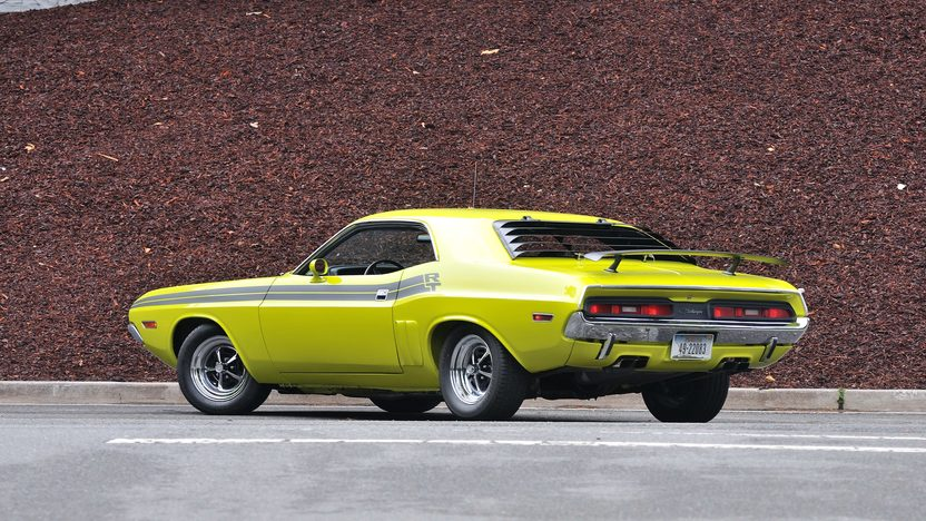 1971 Dodge Challenger R/T V-Code 440 Six Pack presented as lot S125 at Monterey, CA 2013 - image3