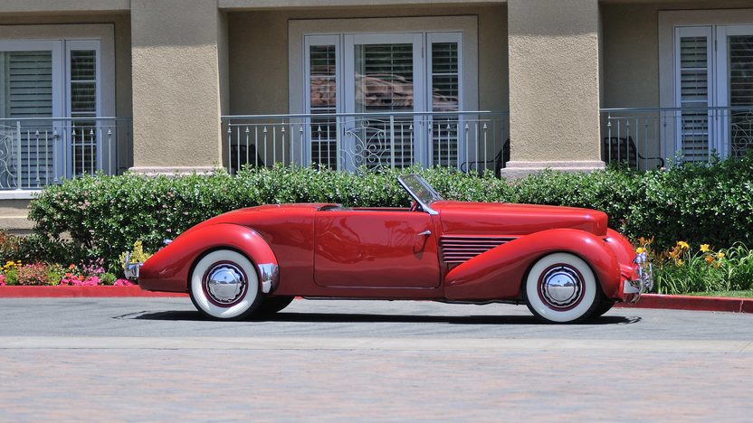 1936 Cord 810 Sportsman 288 CI, 4-Speed presented as lot S148 at Monterey, CA 2013 - image2