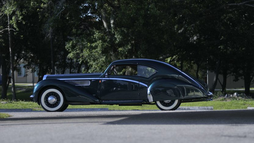 1938 Delage D8-120 Aerosport Coupe Coachwork by LeTourneur et Marchand presented as lot S150 at Monterey, CA 2013 - image2