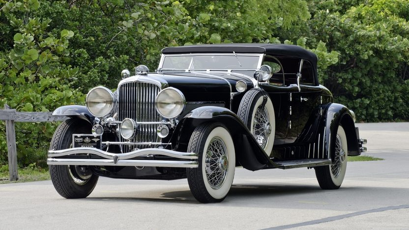 1930 Duesenberg Model J Torpedo Phaeton Upgraded Coachwork by Fran Roxas of Chicago presented as lot S154 at Monterey, CA 2013 - image12