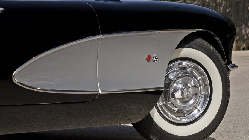 1957 Chevrolet Corvette Convertible 283 CI, 4-Speed presented as lot S175 at Monterey, CA 2013 - image9