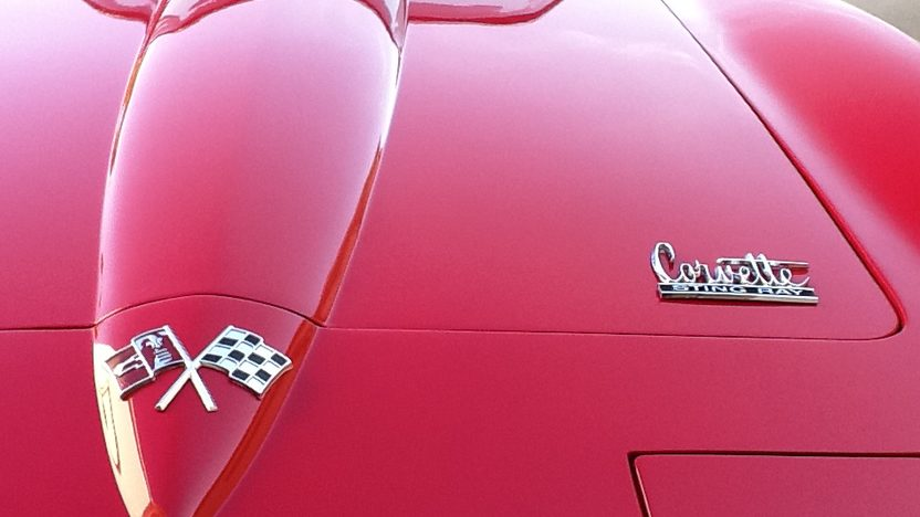 1966 Chevrolet Corvette Convertible 327 CI, 4-Speed presented as lot F51 at Monterey, CA 2013 - image6