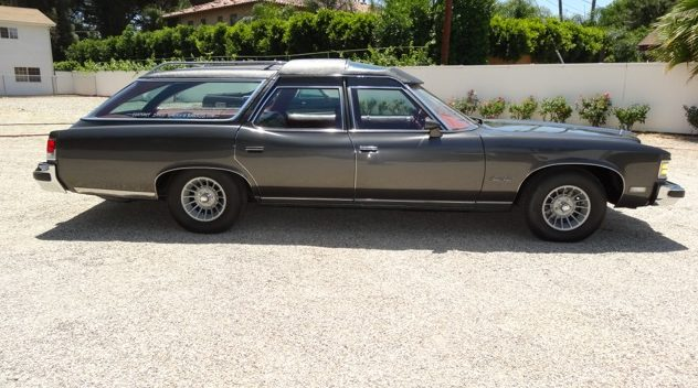 1975 Pontiac Grand Safari Wagon Formerly Owned by John Wayne presented as lot S79 at Monterey, CA 2014 - image2