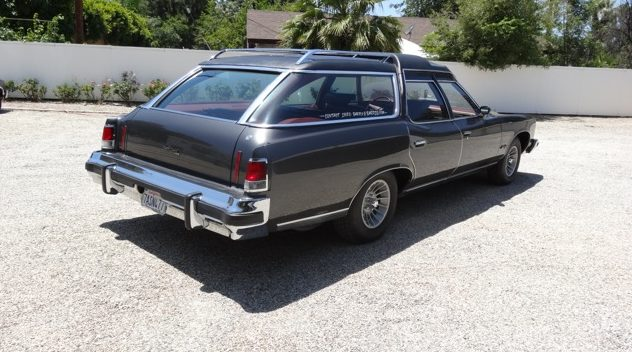 1975 Pontiac Grand Safari Wagon Formerly Owned by John Wayne presented as lot S79 at Monterey, CA 2014 - image3