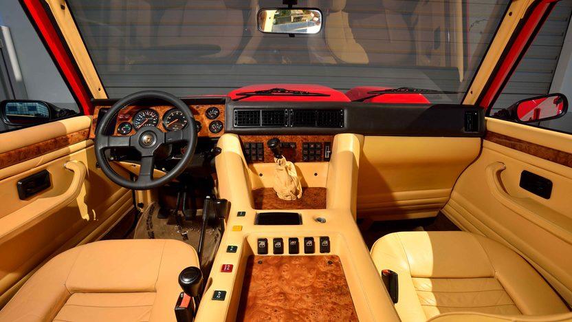 1990 Lamborghini Lm002 1 Of 48 Us Market Trucks Produced Mecum Auctions