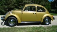 1974 Volkswagen Beetle 4-Speed presented as lot T13 at St. Charles, IL 2011 - thumbail image3