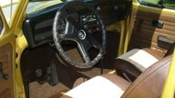 1974 Volkswagen Beetle 4-Speed presented as lot T13 at St. Charles, IL 2011 - thumbail image4