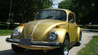 1974 Volkswagen Beetle 4-Speed presented as lot T13 at St. Charles, IL 2011 - thumbail image7