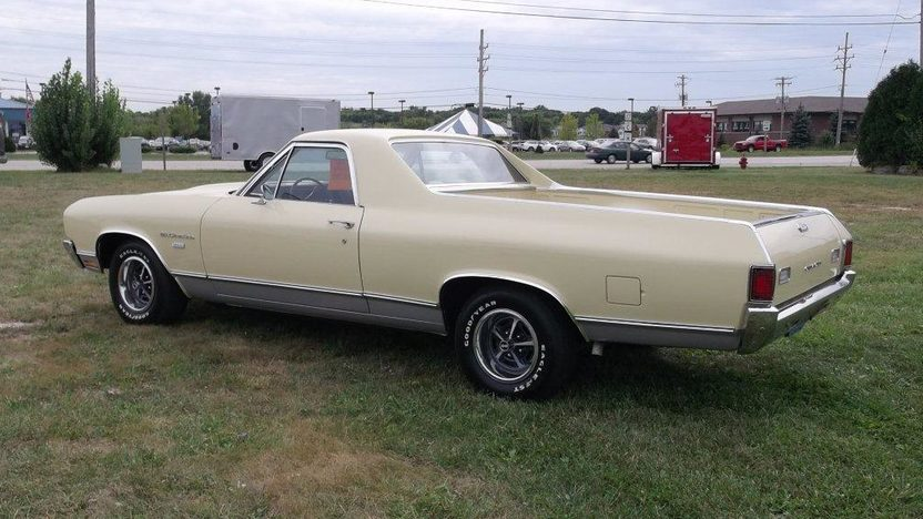 1970 Chevrolet El Camino V8, Automatic presented as lot T14 at St. Charles, IL 2011 - image3