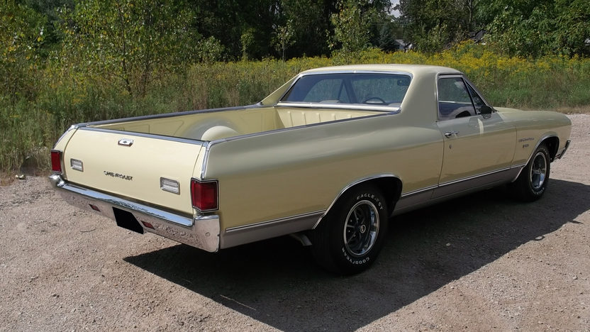 1970 Chevrolet El Camino V8, Automatic presented as lot T14 at St. Charles, IL 2011 - image4