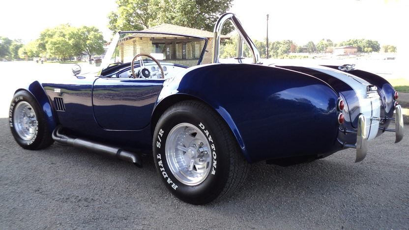 1966 Shelby Cobra Replica 428 CI, Automatic presented as lot T29 at St. Charles, IL 2011 - image3