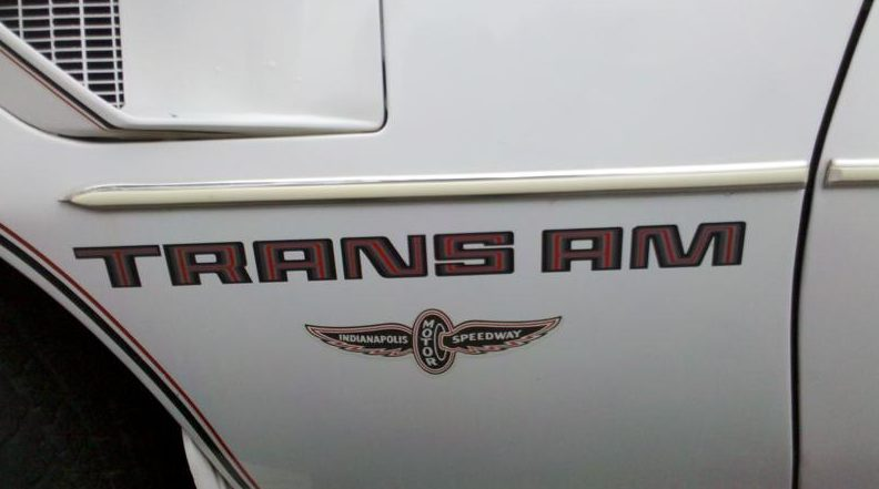 1980 Pontiac Trans Am Automatic presented as lot T33 at St. Charles, IL 2011 - image6