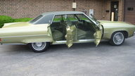 1971 Oldsmobile 98 LS 455 CI presented as lot T35 at St. Charles, IL 2011 - thumbail image2