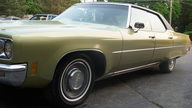 1971 Oldsmobile 98 LS 455 CI presented as lot T35 at St. Charles, IL 2011 - thumbail image4