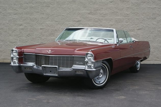 1965 Cadillac Deville Convertible 427 CI, Automatic presented as lot T46 at St. Charles, IL 2011 - image2