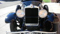 1929 Hupmobile Century Six Sedan presented as lot T56 at St. Charles, IL 2011 - thumbail image3