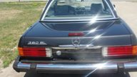 1985 Mercedes-Benz 380SL Convertible Automatic presented as lot T57 at St. Charles, IL 2011 - thumbail image2