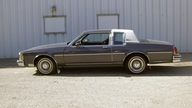 1983 Oldsmobile Delta 88 Royale 2-Door Hardtop 350 CI, Automatic presented as lot T84 at St. Charles, IL 2011 - thumbail image2