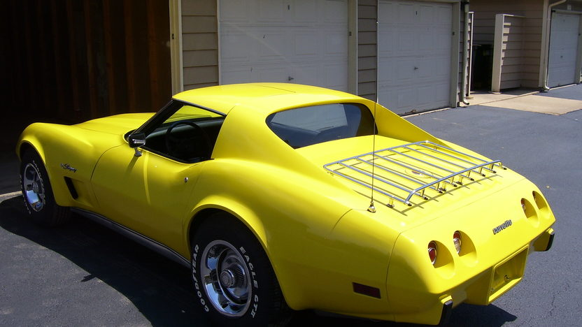 1976 Chevrolet Corvette Coupe 350 CI, Automatic presented as lot T87 at St. Charles, IL 2011 - image3