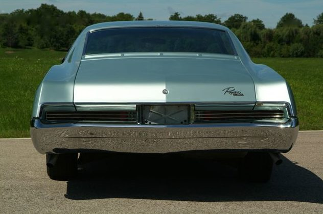 1967 Buick Riviera presented as lot T94 at St. Charles, IL 2011 - image4