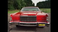 1976 Lincoln Town Car 4-Door Sedan 460 CI, Automatic presented as lot T95 at St. Charles, IL 2011 - thumbail image3