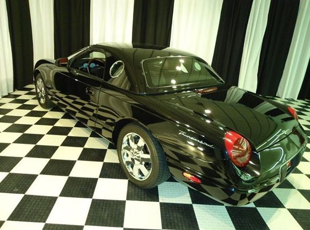 2003 Ford Thunderbird Convertible Automatic presented as lot T101 at St. Charles, IL 2011 - image3