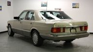 1988 Mercedes-Benz 300 SEL 4-Door presented as lot T104 at St. Charles, IL 2011 - thumbail image3