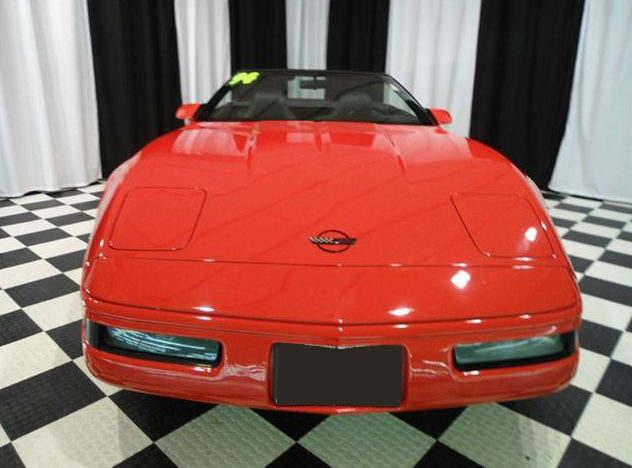1994 Chevrolet Corvette Convertible 5.7L, 6-Speed presented as lot T109 at St. Charles, IL 2011 - image2