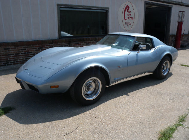 1977 Chevrolet Corvette Coupe 350 CI, Automatic presented as lot T114 at St. Charles, IL 2011 - image3