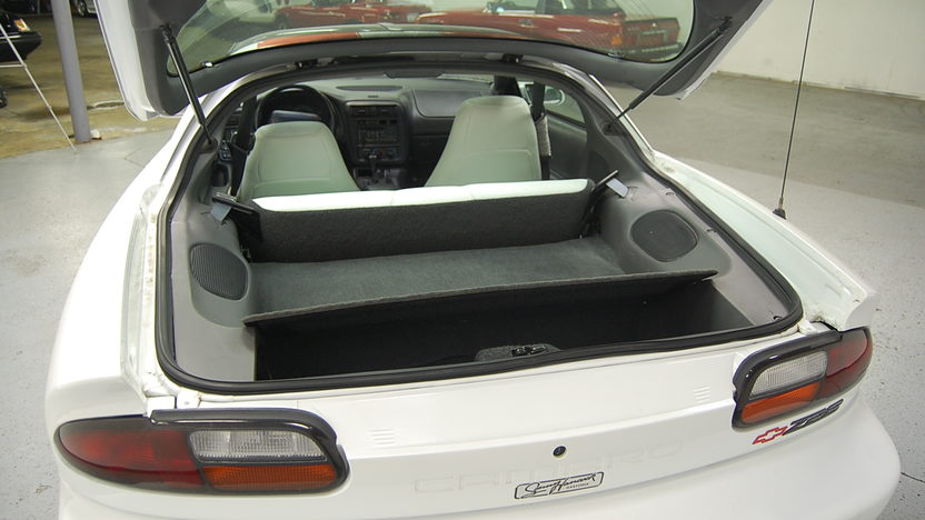 1997 Chevrolet Camaro Z28 Automatic presented as lot F77 at St. Charles, IL 2011 - image7