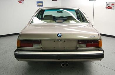 1987 BMW L6 Coupe presented as lot T134 at St. Charles, IL 2011 - image3