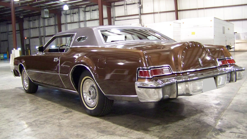 1974 Lincoln Mark IV presented as lot T161 at St. Charles, IL 2011 - image2