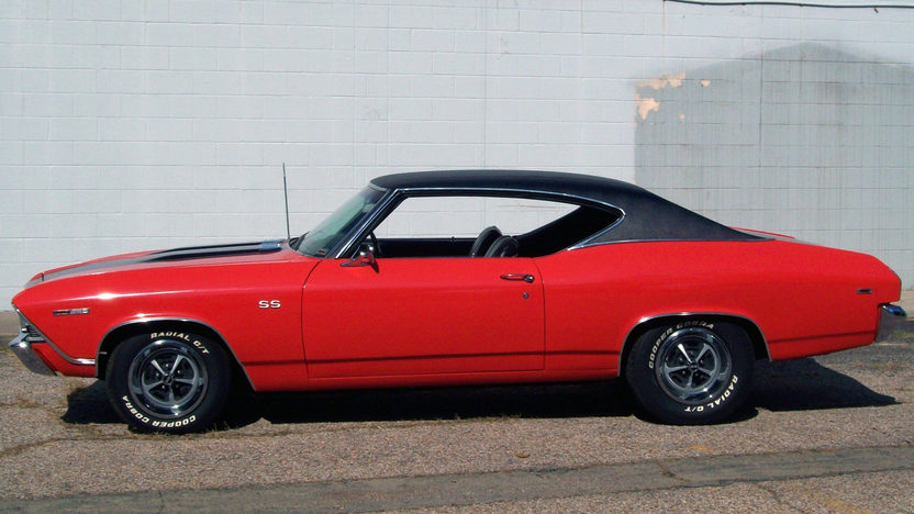 1969 Chevrolet Chevelle 350 CI presented as lot T163 at St. Charles, IL 2011 - image3