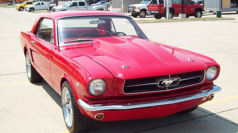 1965 Ford Mustang 351 CI, 4-Speed presented as lot T168 at St. Charles, IL 2011 - image3